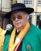 Mário Cerqueira Correia, Grão Mestre. Membro fundador da Federação das Confrarias Báquicas de Portugal e Membro da Fédération Internationale des Confréries Bachiques, Paris